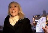 Rychlý Prachy pro český holky z ulice – štíhlá blondýnka